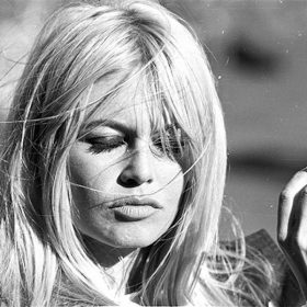 Bardot_Brigitte_008_c_MOA_(Two_Weeks_in_September_-1967).jpg